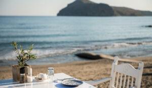 sea view restaurants in Platanias, sea front restaurant dinner in Chania- Olive Tree Restaurant