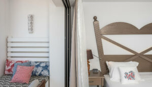 Platanias Ariston beach hotel in Platanias- decorative details