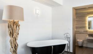 Bathroom areas- Platanias Ariston executive suites in Chania
