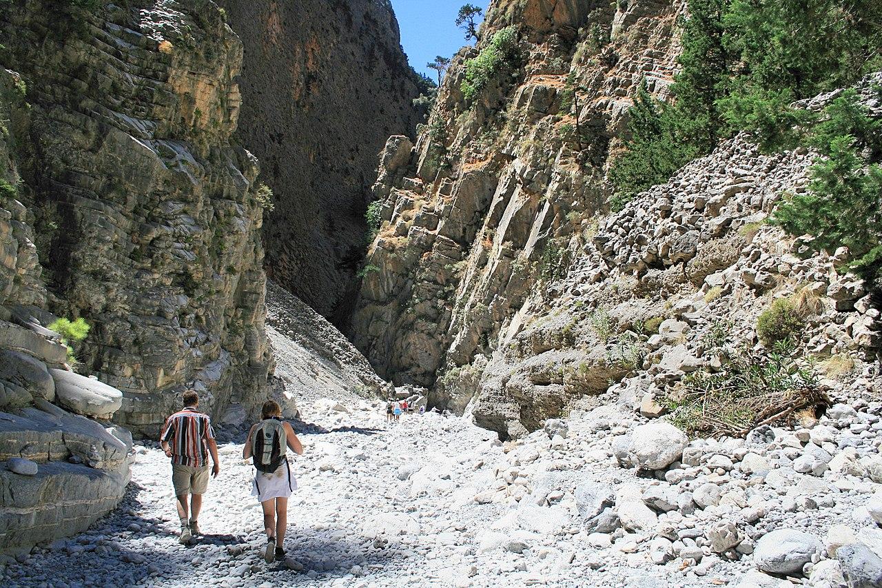 Things to do in Chania-Hiking Samaria Gorge- Lapplaender, Samaria Gorge 09, CC BY-SA 3.0 DE