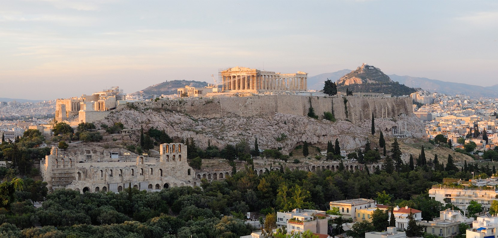 Vacations in Greece Akropolis- Christophe Meneboeuf, View of the Acropolis Athens (pixinn.net), CC BY-SA 3.0