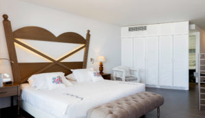 sea view suites hotel in Chania- Platanias Ariston hotel room